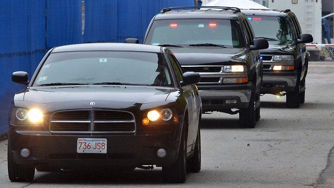 Attack On Fbi Convoy In Las Vegas Leaves 3 Dead As